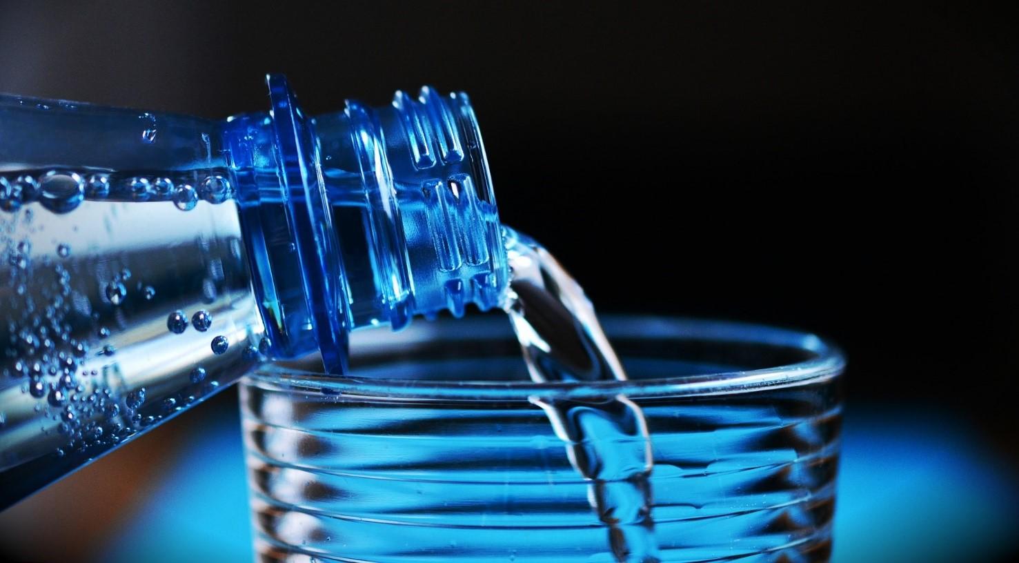 Drink voldoende 2 liter per dag